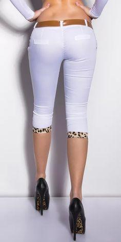 Capri kalhoty s páskem Capri Pants, Fashion, El Paso, Moda, Capri Trousers, Fashion Styles, Fasion