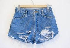 cb55d88a6c61 How To Make Your Own Distressed Denim Shorts