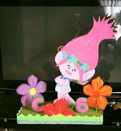 Areglo Grande, mesa Principal Donut Birthday Parties, Trolls Birthday Party, Troll Party, Girl Birthday, Craft Party, Diy Party, Party Gifts, Party Ideas, Los Trolls