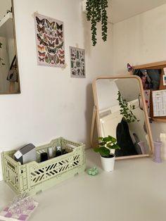Room Ideas Bedroom, Small Room Bedroom, Bedroom Decor, Room Design Bedroom, Bedroom Inspo, Bedroom Inspiration, Pastel Room, Indie Room, Pretty Room