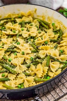 Healthy Dinner Recipes, Whole Food Recipes, Vegetarian Recipes, Whole Foods Vegan, Vegan Parmesan Cheese, Onion Sauce, Plant Based Whole Foods, Asparagus Pasta, Vegan Pasta