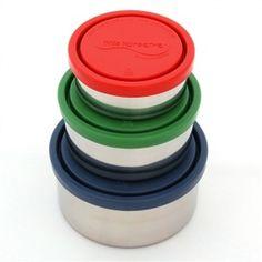 RVS containers gemaakt van # 304 (18/8) food-grade roestvrij staal. Deksels zijn gemaakt van niet-toxische LDPE # 4 plastic Maat: 1x ca. 150 ml, 1x ca. 240 ml en 1x ca. 475 ml