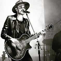 Abel Pintos @fotosdemusicayvida Instagram photos | Websta
