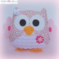 Cute little fellow Owl Crafts, Diy And Crafts, Crafts For Kids, Arts And Crafts, Owl Fabric, Fabric Dolls, Sewing Crafts, Sewing Projects, Owl Applique