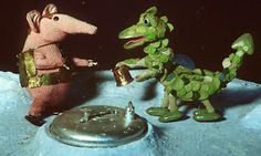 A clanger & the Soup Dragon just chilling on the moon.