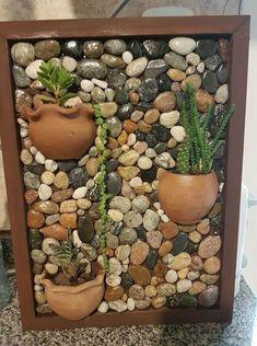 35 Ideas For Wall Stone Garden Rock Art - Modern Stone Crafts, Rock Crafts, Diy And Crafts, Mosaic Crafts, Mosaic Art, Garden Crafts, Garden Projects, Suculentas Diy, Garden Stones