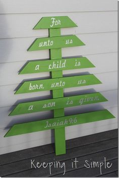 Wooden Tree by Keeping it Simple! She used her Cricut machine to cut out the letters. The cartridge she used is Billionaire! #Cricut