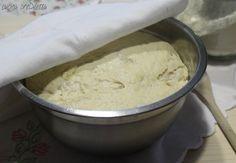 Oggi ho preparato un magnifico impasto a lunga lievitazione per pizze e focacce, seguendo la ricetta di Gabriele Bonci