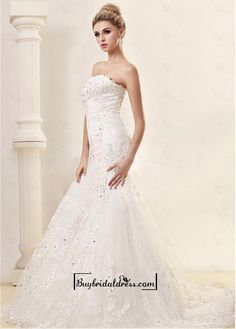 Alluring Satin&Tulle Mermaid/trumpet Strapless Neckline Natural Waistline Wedding Dress