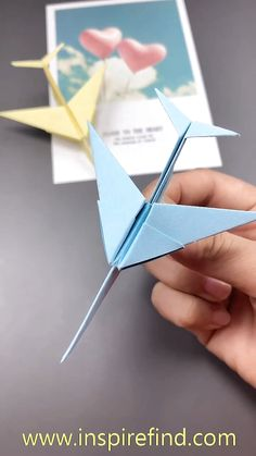 How to get children folding EASY ORIGAMI TULIPS. A great starting origami with only a few steps. Origami is a … Diy Crafts Hacks, Diy Crafts For Gifts, Diy Arts And Crafts, Creative Crafts, Instruções Origami, Paper Crafts Origami, Origami Paper Plane, Origami Videos, Oragami