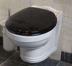 Wandcloset St James 1001 , St James sanitair , Windsor bathrooms, Heritage, van Heck badkamers , St james wandcloset , klassiek badkamermeubel , klassiek bad op pootjes , vrijstaande baden , in de landelijke badkamer , klassieke badkamer uitgevoerd mat kl | van der Kolk