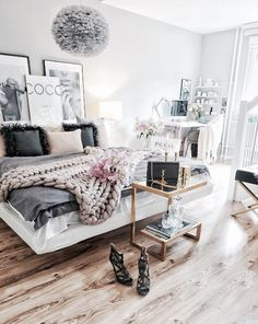 Perfect Teen Bedroom Interior and Decor Ideas~Pinterest gizzymontalvo