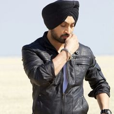 Diljit Dosanjh Punjabi Boys, Famous Singers, Vogue Fashion, Color Combos, Actors & Actresses, My Favorite Things, Clothes For Women, Celebrities, Image