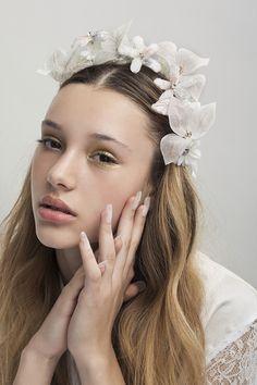 Flower Headpiece, Headdress, Floral Hair, Floral Crown, Wire Headband, Bridal Flowers, Silk Flowers, Bridal Headpieces, Headpiece Wedding