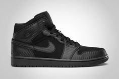 "my last pair of shoes i bought... Air Jordan 1 Phat ""Carbon Fiber"" Black"