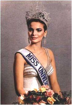 La primera Miss, Maritza Sayalero