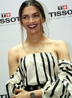 High Quality Bollywood Celebrity Pictures: Deepika Padukone Looks Stunning At The Launch Of Tissot Bella Ora Watch In Hyderabad Deepika Padukone Latest, Deepika Ranveer, Deepika Padukone Style, Deepika Padukone Hairstyles, Indian Celebrities, Bollywood Celebrities, Bollywood Stars, Bollywood Fashion, Indian Film Actress
