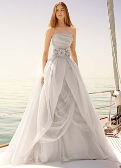 brides of adelaide magazine ballgown wedding dress.  No wedding in my future but this dress is beautiful!