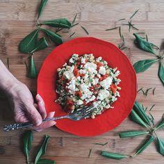 Salade de chou-fleur & pois chiches au pesto de tomates séchées & poivrons rôtis – CUISINE ESTUDIANTINE