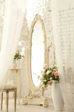 DIY:: Beautiful Shabby Painted Vintage Mirror Makeover! I want to do this to the mirror in my room!!