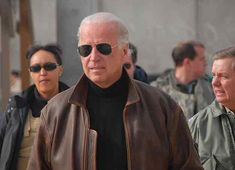 Joe Biden showing up in Kandahar looking exactly like Steven Seagal in Machete while Sen. Lindsey Graham (R-S.) cowers behind him. Native American History, American Civil War, British History, American Soldiers, Mr President, Running For President, Political Images, Steven Seagal, Cool Glasses