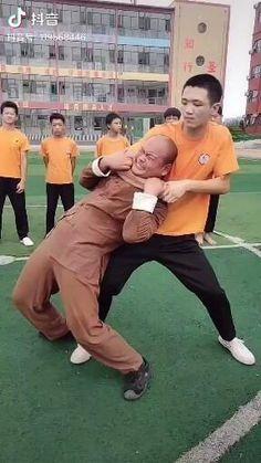 Subscribe to @master.of.martial.arts to not miss future interesting videos:) #ninja #shinobi #assasin #warrior #katana #blade #ironfist #losangeleslife #sanfranciscolife #losangeles_city #kungfuworld #kungfupanda #kungfulife #kungfu #wushu #kungfufashion #kungfustyle #sifu #chinamartialarts #kungfumaster #martialarts #shaolinkungfu #wushulife #wudanglife #lifestyleofawarrior #wushu #buuwushu #shaolin #shaolintemple Mixed Martial Arts Training, Kung Fu Martial Arts, Martial Arts Workout, Fight Techniques, Martial Arts Techniques, Self Defense Techniques, Self Defense Moves, Self Defense Martial Arts, Kickboxing Workout