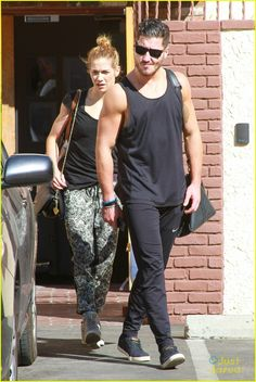 Val & Allison leaving DWTS rehearsals 02/10/14