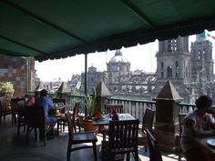 Refreshing, resting, and appreciating a new perspective from every courtyard cafe, and every roof top restaurant. Rooftop Restaurant, Restaurant Owner, Downtown Mexico City, Courtyard Cafe, Top Restaurants, Roof Top, American Country, New Perspective, Courtyards