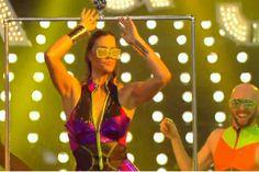 """Entusiasmada, Fernanda Lima toma banho de chuveiro em """"Amor & Sexo"""" #AmorESexo, #Apresentadora, #Exclusivo, #FernandaLima, #Fotos, #Globo, #GloboCom, #LGBT, #M, #Nova, #Programa, #RitaLee, #Sensual, #Sexo, #Terra, #Tv, #TVGlobo http://popzone.tv/2016/02/entusiasmada-fernanda-lima-toma-banho-de-chuveiro-em-amor-sexo.html"""