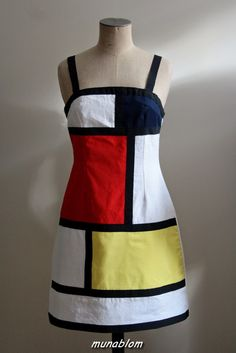 YVES: Abito in patchwork ispirato a Mondrian e Yves Saint Laurent
