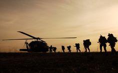 Soldados subiendo a Helicóptero hd 1920x1200 - imagenes - wallpapers gratis - Paisajes - fondos de pantallas hd #1508