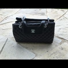 Logo purse. Slightly used. Make an offer Logo designed purse. Lamb skin leather. Well made. Slightly used. Bags Shoulder Bags