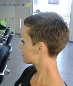 Woman-with-Buzzed-Hair Superb Short Pixie Haircuts for Women frisuren frauen frisuren männer hair hair styles hair women Super Short Pixie, Very Short Hair, Short Hair Cuts For Women, Short Hairstyles For Women, Short Hair Styles, Buzzed Hair Women, Ladies Hairstyles, Fancy Hairstyles, Short Pixie Haircuts
