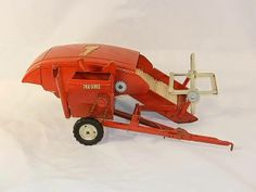 Vintage 1950's - 60's Tru Scale Pressed Steel Toy Combine Farm Equipment Antique Toys, Vintage Toys, Agriculture, Farming, Tonka Toys, Toy Display, New Farm, Farm Toys, John Deere Tractors