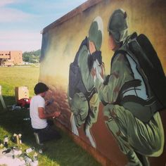 About This Life, Inc. co-founder Aaron Pearcy spraypaints a street art-inspired mural for the South Dakota National Guard for suicide awareness. National Guard, Mural Painting, Social Issues, Banksy, South Dakota, Art Therapy, Trauma, Graffiti, Street Art