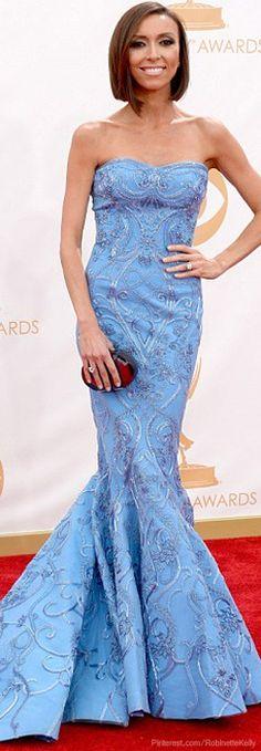 Danes, January Jones, Kerry Washington are Emmy leading lightss Giuliana Rancic Celebrity Dresses, Celebrity Style, Fancy Dress, Strapless Dress Formal, Giuliana Rancic, Beautiful Outfits, Beautiful Clothes, Red Carpet Looks, Vintage Outfits