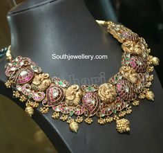 Antique Necklace latest jewelry designs - Page 26 of 330 - Indian Jewellery Designs Antic Jewellery, Gold Temple Jewellery, Indian Jewellery Design, India Jewelry, Latest Jewellery, Gold Jewelry, Jewelry Design, Latest Necklace Design, Necklace Designs