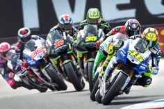 Valentino Rossi of Italy takes a curve on his way to winning the Dutch MotoGP in Assen. Ducati, Yamaha R6, Rossi Yamaha, Filles Monster Energy, Course Moto, Gp Moto, Valentino Rossi 46, Racing Motorcycles, Custom Motorcycles