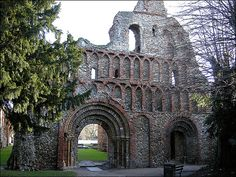 St Botolph's Priory ruins, Colchester Essex Egnland. Founded in 1103. The walls have recycled roman tiles.