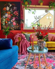 The bohemian look throws all the interior decorating rules out the window. When you embrace boho home decor, you get to decorate however you want. This style is relaxed and unique, and relies heavily on styles from different cultures. Bohemian Living Rooms, Living Room Decor, Bedroom Decor, Hippie Living Room, Modern Bedroom, Nursery Decor, Boho Home, Bohemian House, Modern Bohemian