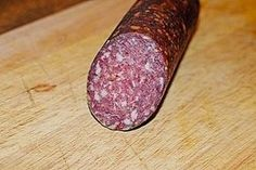 Bauer salami - Peasant salami, a delicious recipe from the pig category. Barbecue Recipes, Grilling Recipes, Cooking Recipes, Smoker Recipes, Smoked Beef Brisket, Smoked Pork, How To Cook Hamburgers, Cooking Hamburgers, Charcuterie