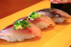 回転寿司「シャリ残す」女性が増殖中 「糖質制限中だから」は許せるか