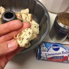 - Polka-Dotty Place: Cinnamon Roll Monkey Bread – Polka-Dotty Place: Cinnamon Rol… – Polka-Do - Cinnamon Roll Bread Pudding, Cinnamon Roll Monkey Bread, Cinnamon Roll Casserole, Cinnamon Roll Pancakes, Cinnamon Roll Cookies, Cinnamon Rolls, Pillsbury Monkey Bread, Yummy Snacks, Yummy Food