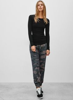 TNA ALIX PANT - <p>Slouchy joggers with understated and effortless appeal</p>