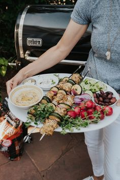 Greek Chicken Skewers - Climbing Grier Mountain Best Side Dishes, Side Dish Recipes, Veggie Recipes, Chicken Recipes, Salad Recipes, Best Cocktail Recipes, Best Dessert Recipes, Greek Chicken Skewers, Vegetarian Barbecue