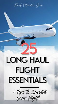 Heading for a transcontinental flight soon? This post provides a list of the top 25 long haul flight essentials. This includes tips on what to wear and which products to pack in your carry on. Vols Longs, Long Flight Tips, Travel Gadgets, Travel Hacks, Budget Travel, Travel Photographie, Best Flights, Long Haul Flights, Tips For Long Flights