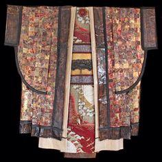 Kimono # 117 now showing at Dragonfire Gallery http://www.dragonfirestudio.com/
