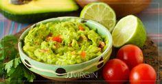 Avokádové guacamole: Dokonalý základní recept s tipy, jak ho ještě vylepšit Avocado Creme, Avocado Dip, Dip Recipes, Mexican Food Recipes, Ethnic Recipes, Healthy Gluten Free Recipes, Healthy Treats, Tofu, Sauces