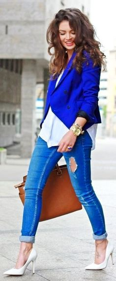 Navy Blue Coat White Shirt And Boyfriend Jeans With Heels And Love her Hairstyle