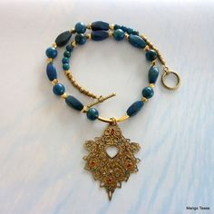 PeekaBoo Heart Necklace by MangoTease